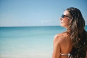 sea-sunny-person-beach